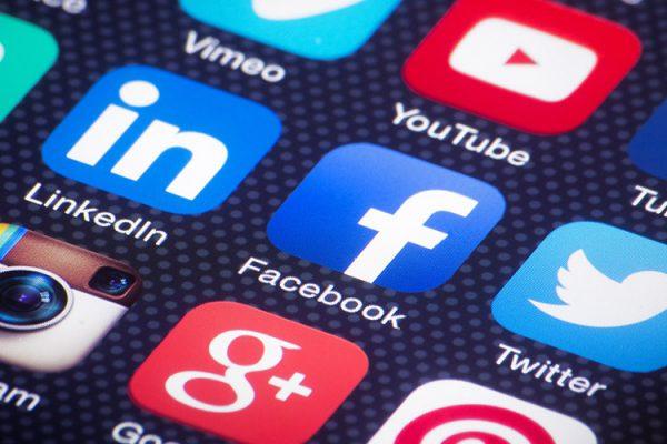 Manejar Redes Sociales